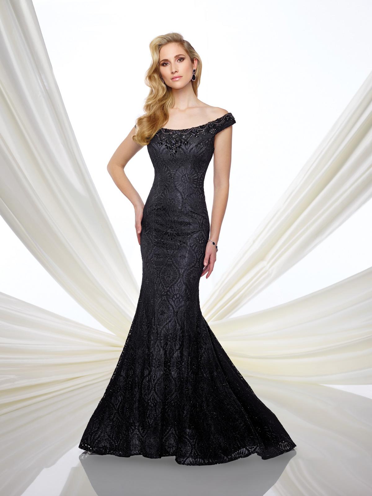 Vestido de Festa ombro a ombro com corte sereia todo confeccionado em renda francesa rebordada com pedrarias.