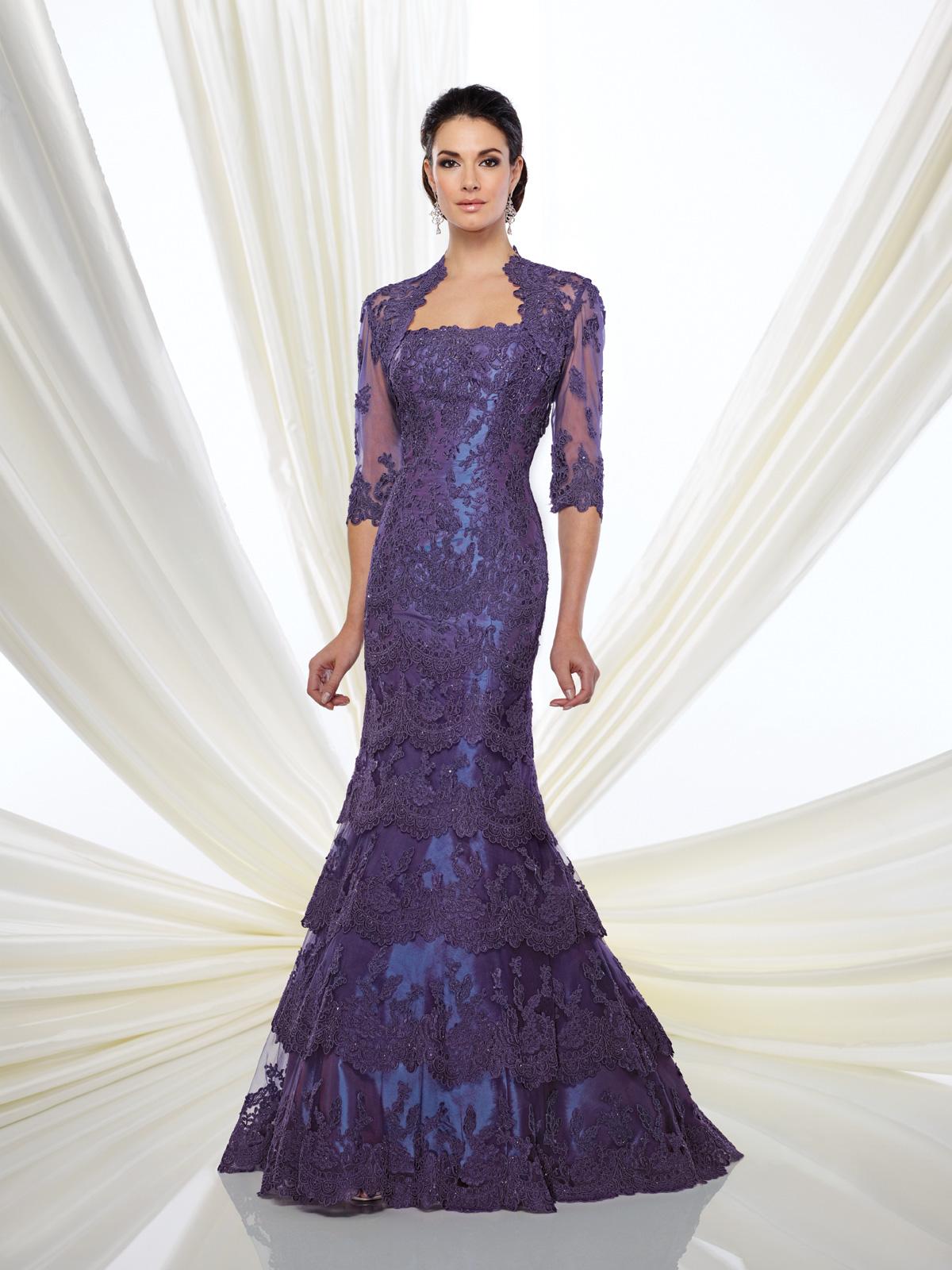 Vestido de Festa tomara que caia com corte sereia confeccionado em renda soutache francesa rebordada em pedrarias, bolero opcional.