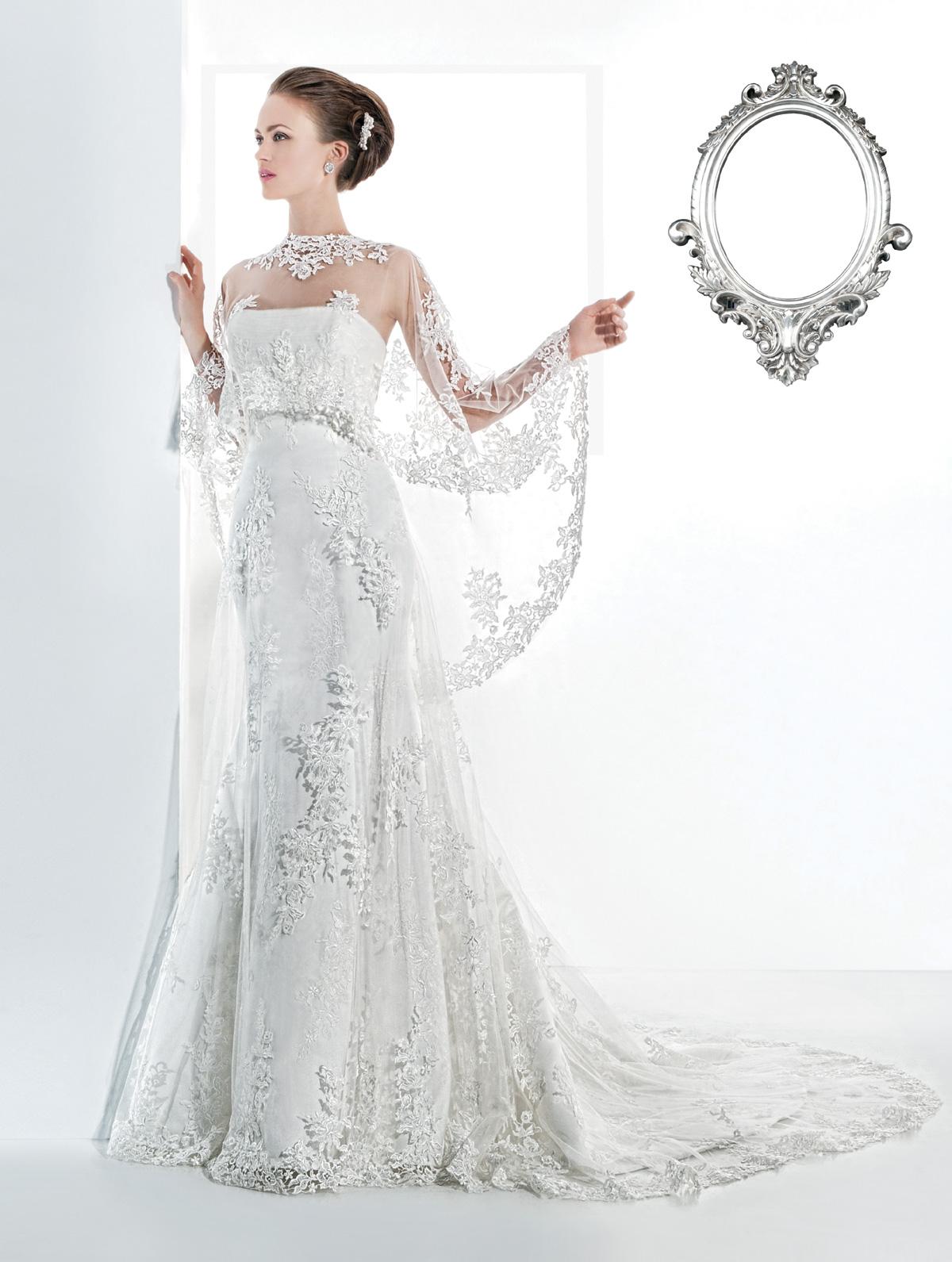 Vestido de Noiva tomara que caia, sereia em renda com leve cauda, pelerine média em renda.